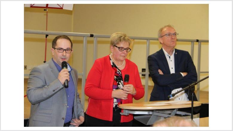 BM-Kandidat Martin Schneider, Ortsvorsteherin Lieselene Scherer u. Landrat Udo Recktenwald
